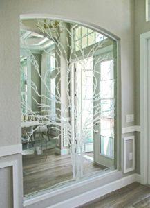 Niche after custom glass design